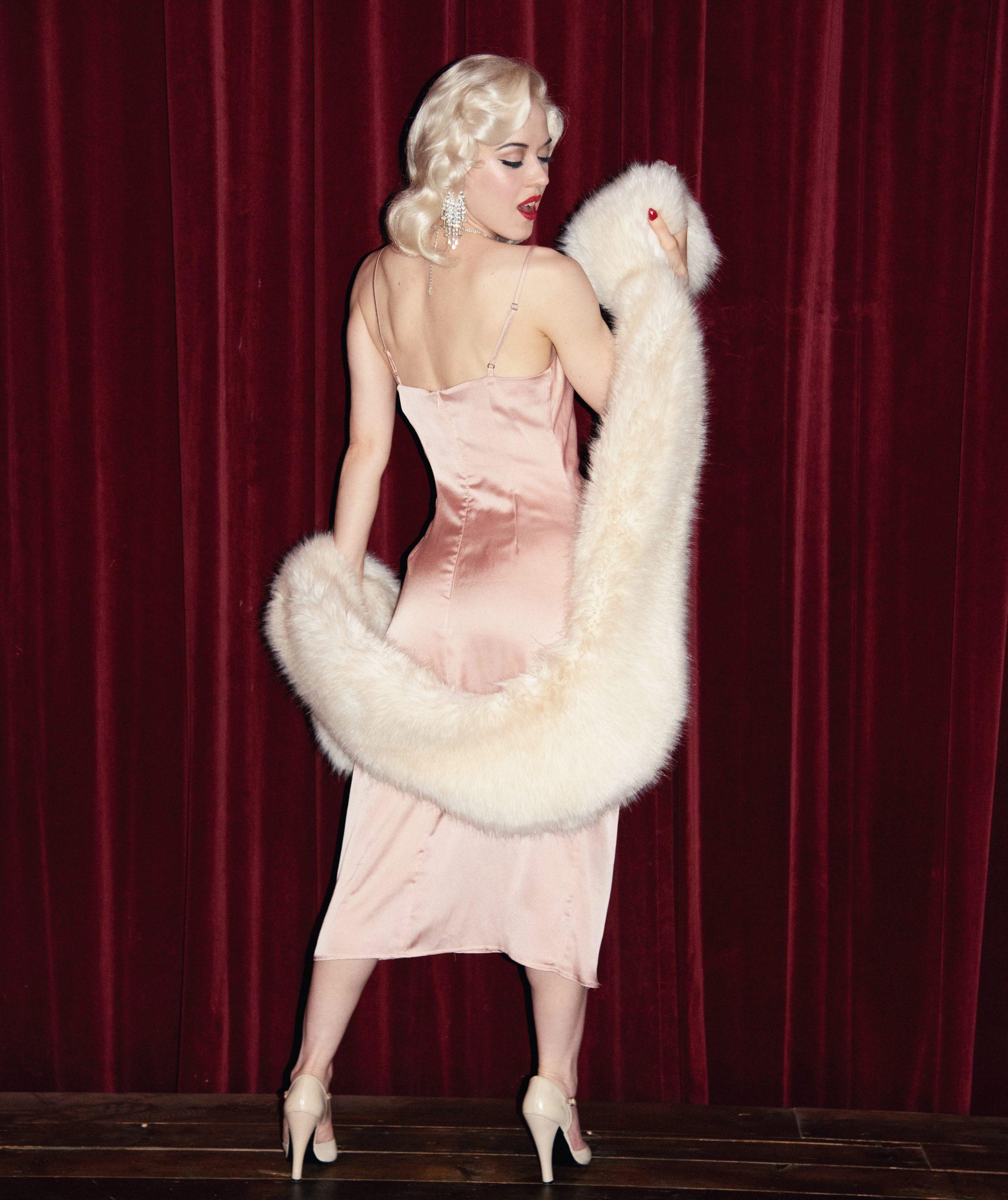 Prive burlesque show